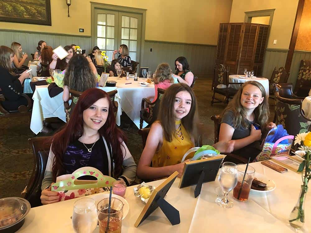 Girls-Luncheon